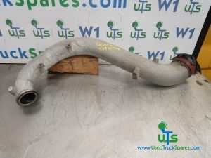 IVECO CURSOR 8 INTERCOOLER PIPE P/NO 504017791