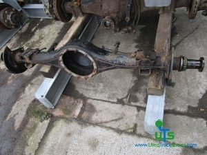 MITSUBISHI CANTER 35C13 REAR AXLE BEAM / CASING
