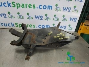 ISUZU N75 - 190 REAR CAB MOUNT+ LOCK