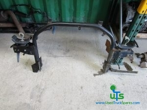 ISUZU N75 190 REAR CAB LOCK, SECURING FRAME