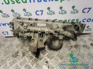 ISUZU NKR OIL COOLER AND FILTER HOUSING P/NO 898003929