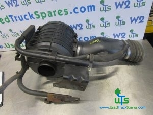 ISUZU NKR AIR INTAKE / FILTER HOUSING COMPLETE