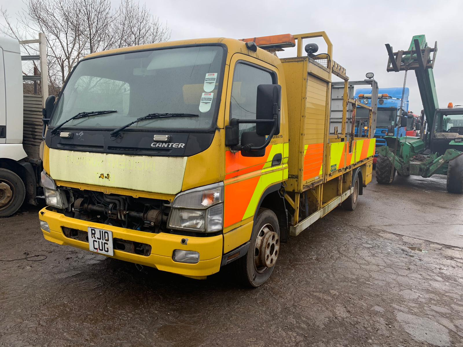 Mitsubishi Fuso Canter 4M50 2010 Breaking for Spares